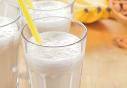 Banana Almond Smoothie